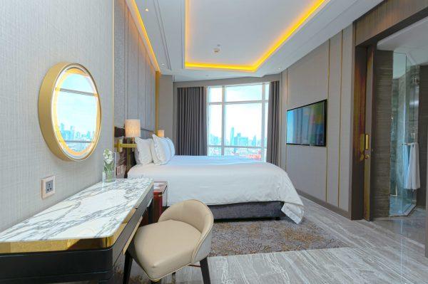 Club Suite (2)